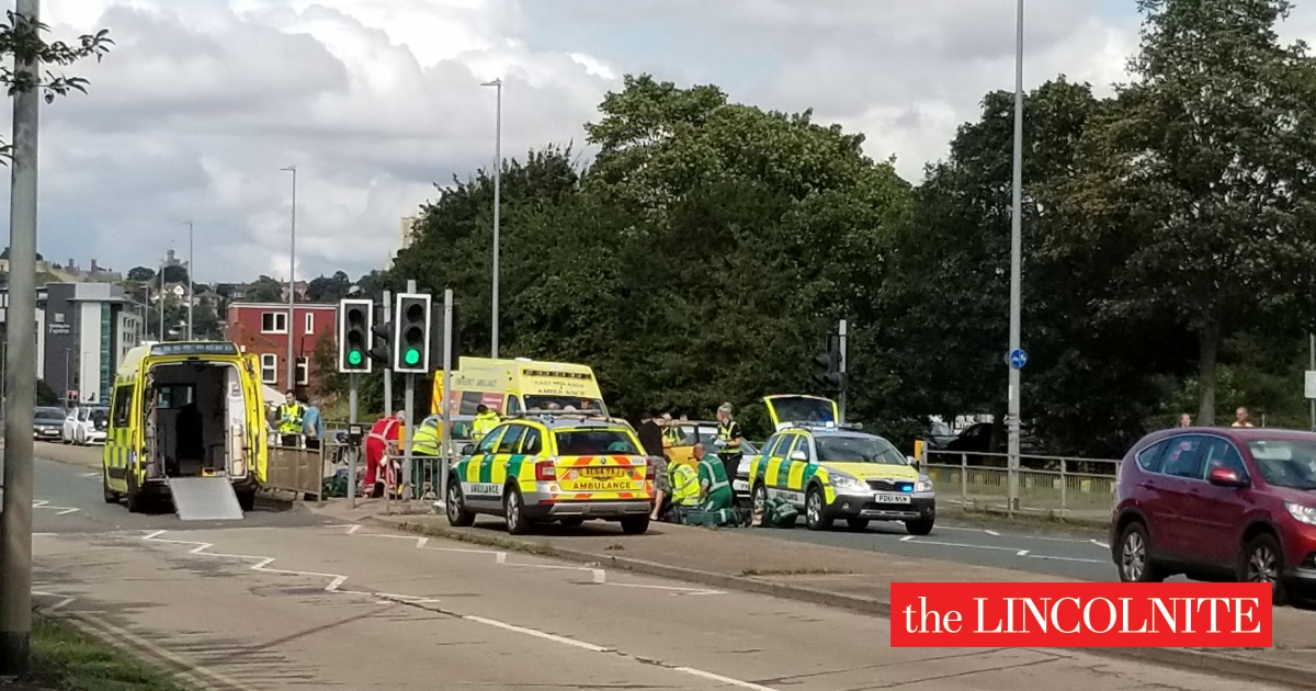 Two women hospitalised after Tritton Road crash