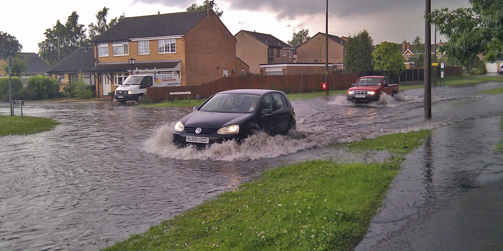 Flash Floods On Lincoln Roads Due To Heavy Rain
