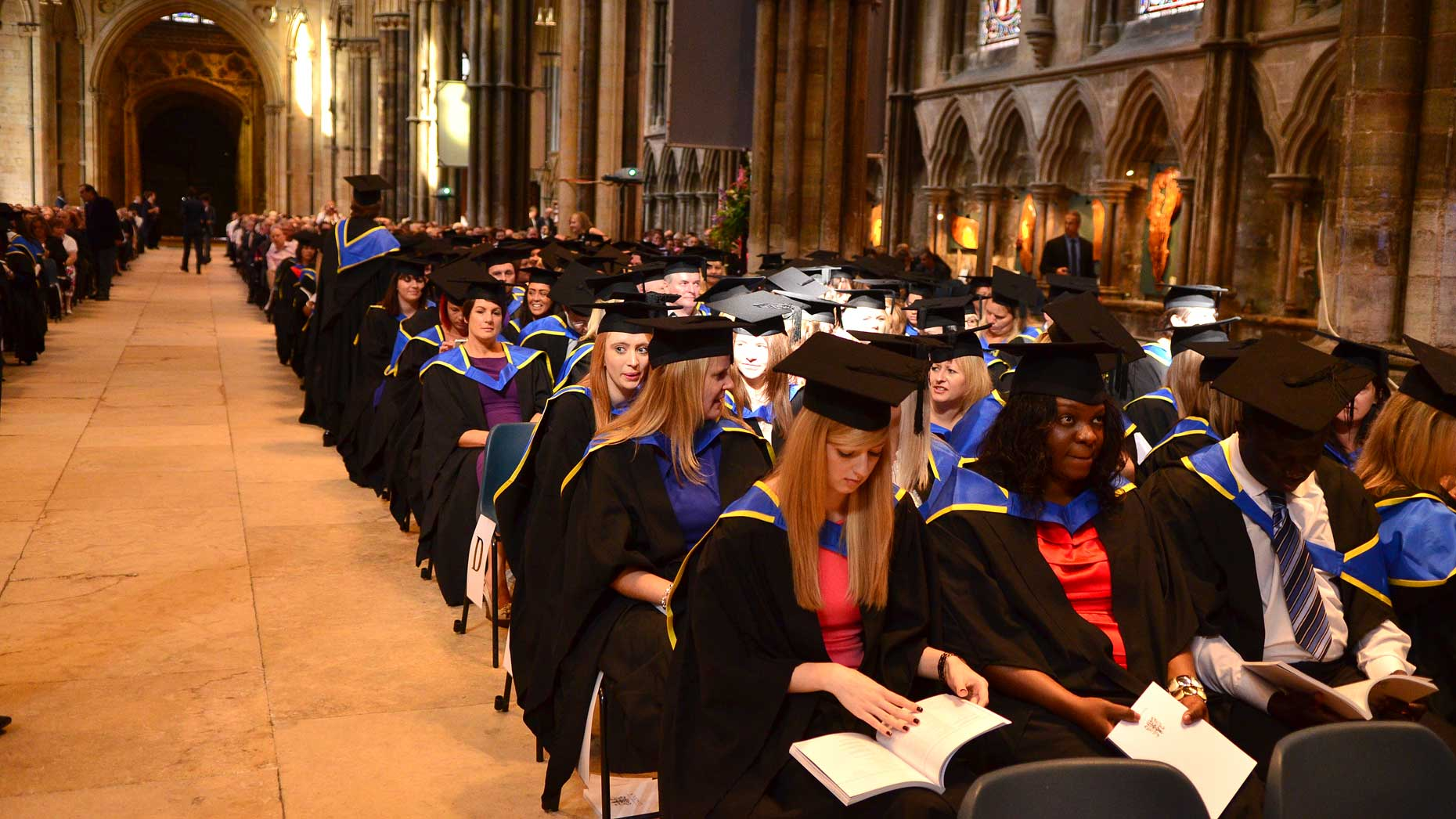 In Pictures University Of Lincoln Students Graduate
