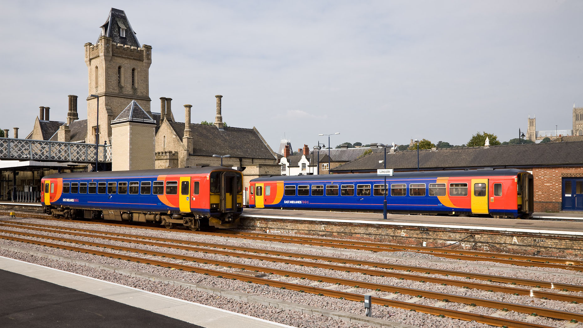 East midlands trains fotopic 92