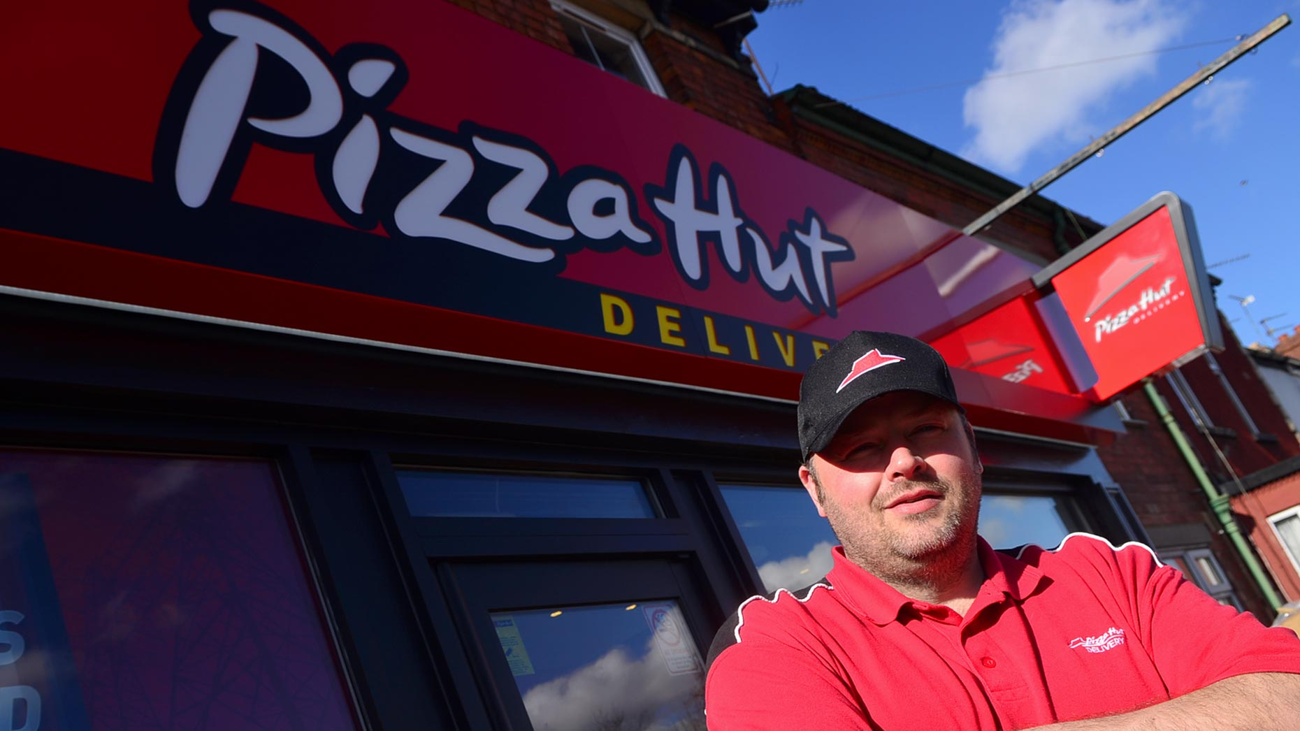 pizza hut delivery service opens in lincoln