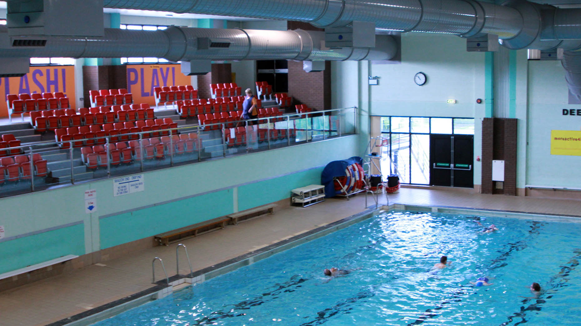 leak causes closure of swimming pool and studios at lincoln leisure centre