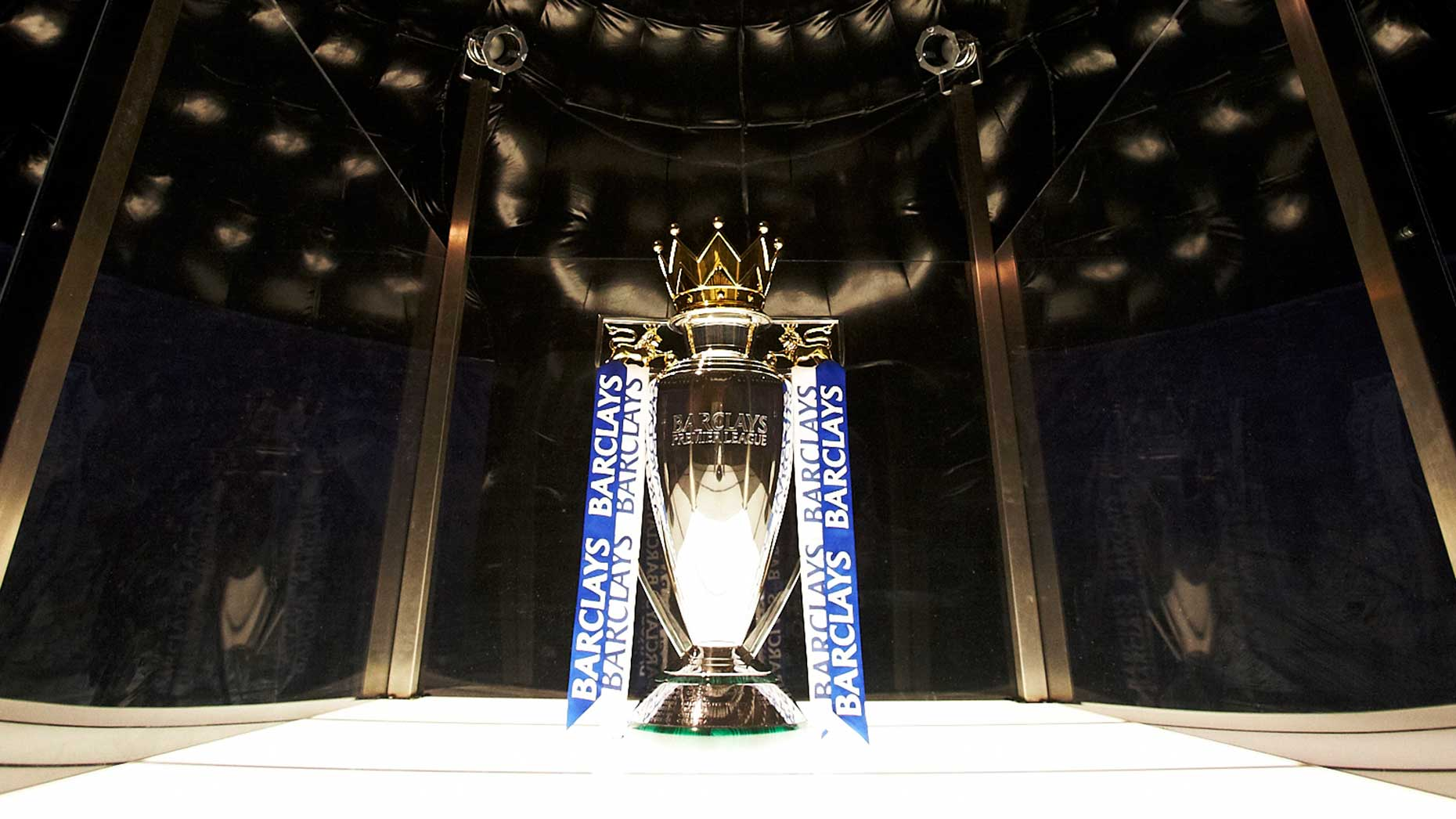 Barclays premier league trophy to visit lincoln for The barclay