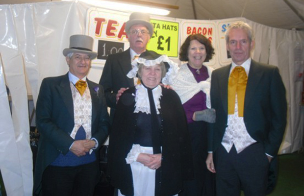 The Lindum Lincoln Rotary Club sold drinks at the Lincoln Christmas Market in order to raise money for charity.