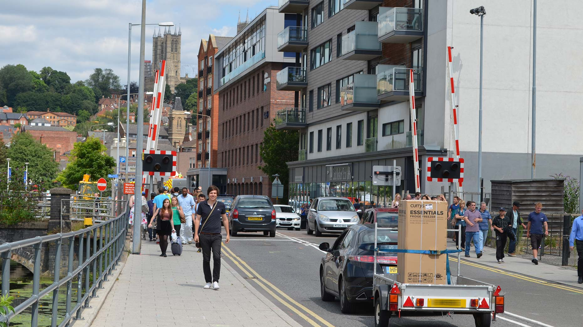 Network Rail No Plans To Close Brayford Level Crossing