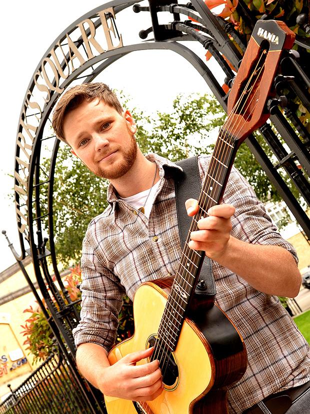 Singer-songwriter Elliott Morris.