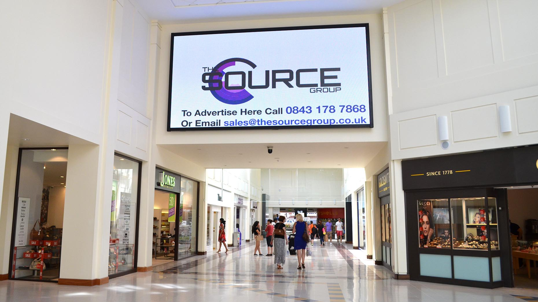 Highest Resolution Shopping Centre Screen In Uk Arrives In