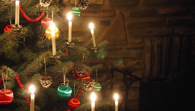 christmas-tree-lights-web visit Lincoln