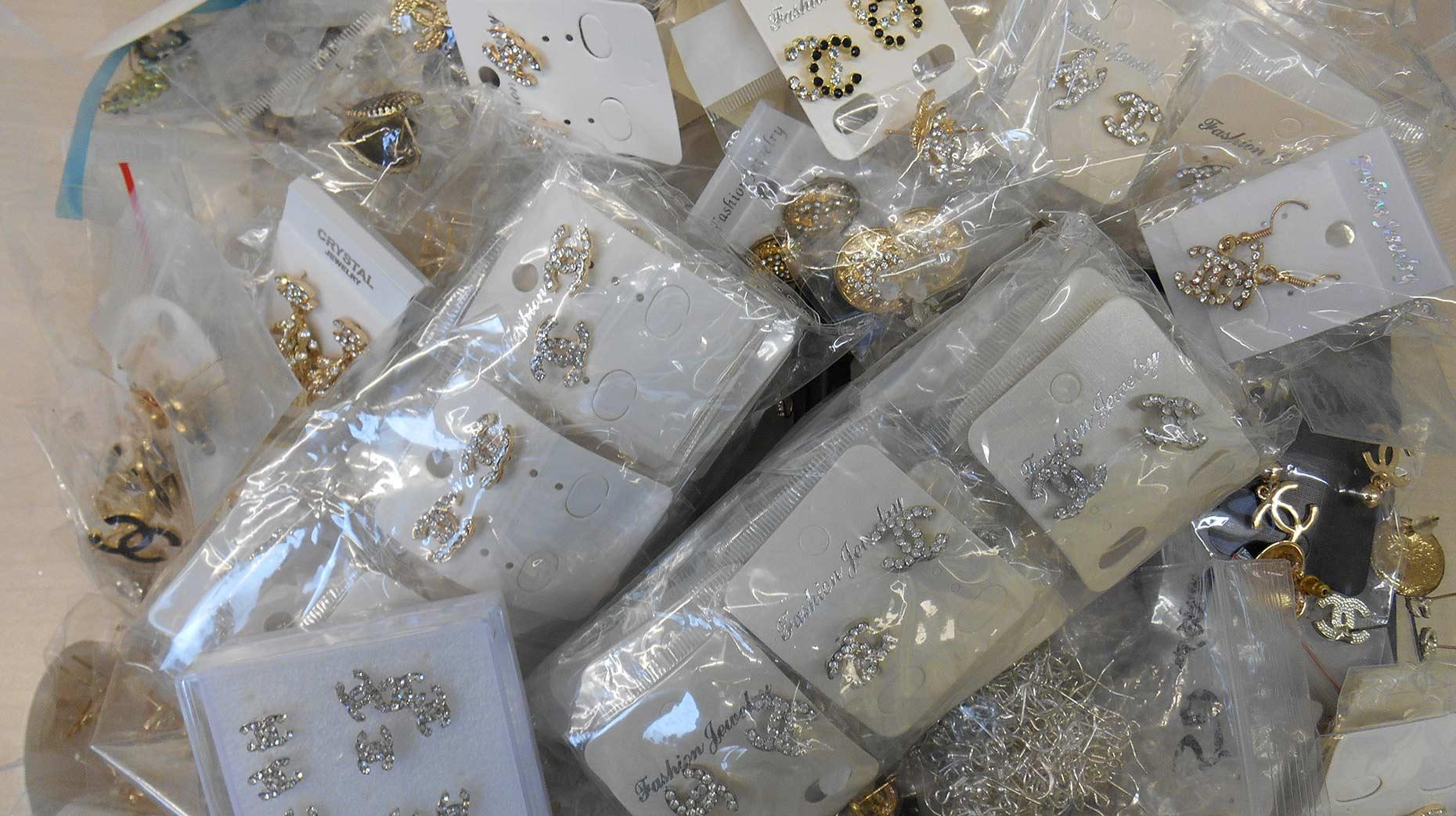 Counterfeit-Jewellery