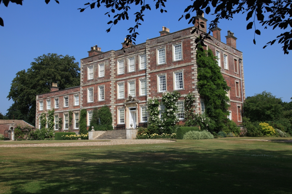 Gunby-Hall-front-compressed11
