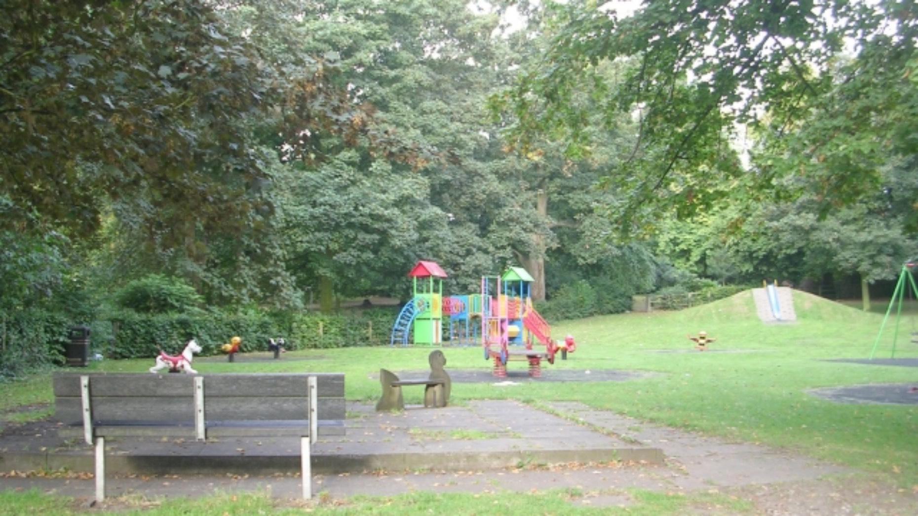 Baysgarth Park. Photo Betty Longbottom