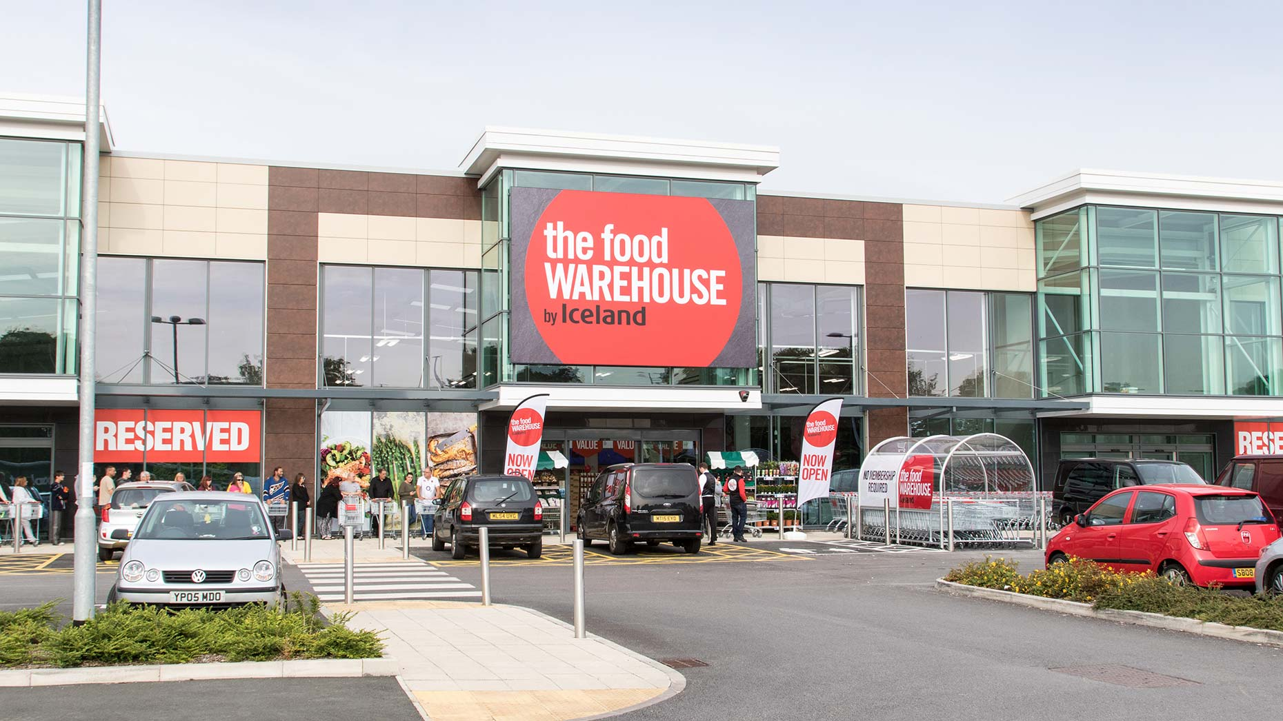 New iceland food warehouse to open in grimsby for Cuisine store