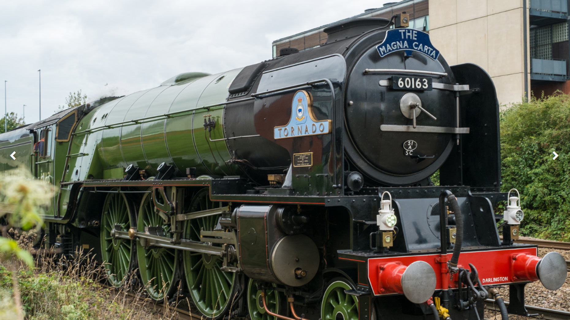 Video Tornado Steam Locomotive And Magna Carta Train Train Pass Through Lincoln