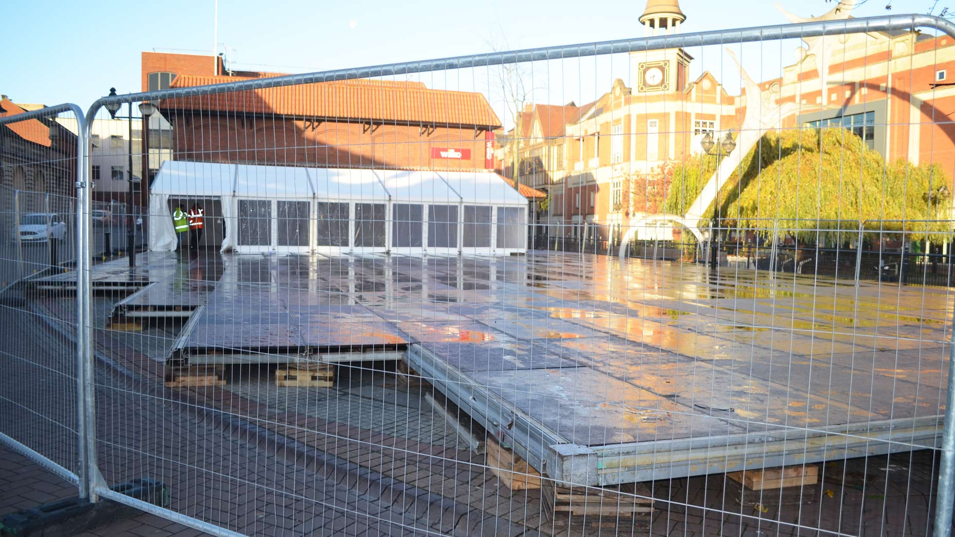 Lincoln Ice Rink Prepares For Opening Next Week
