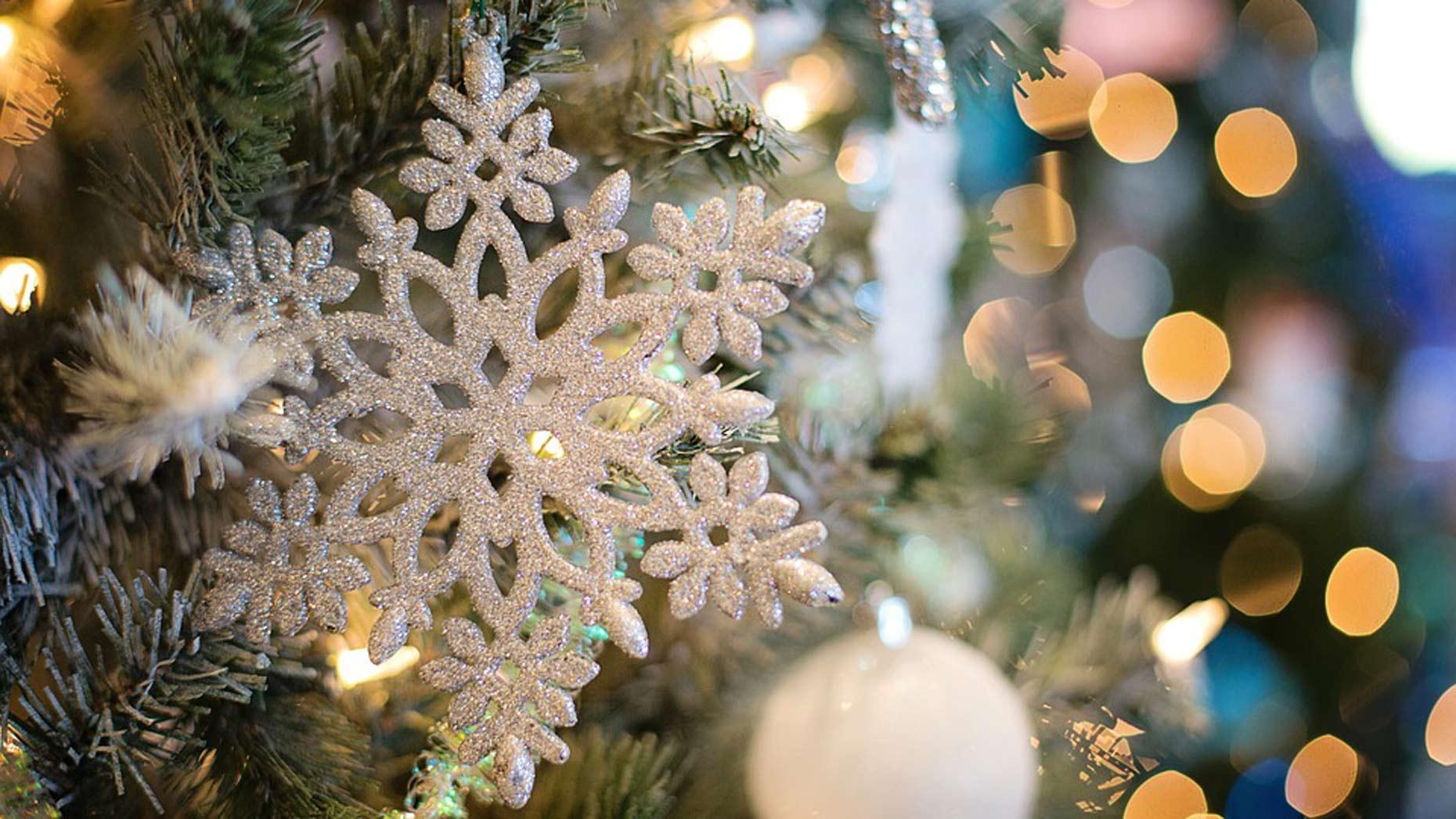 snowflake_decoration