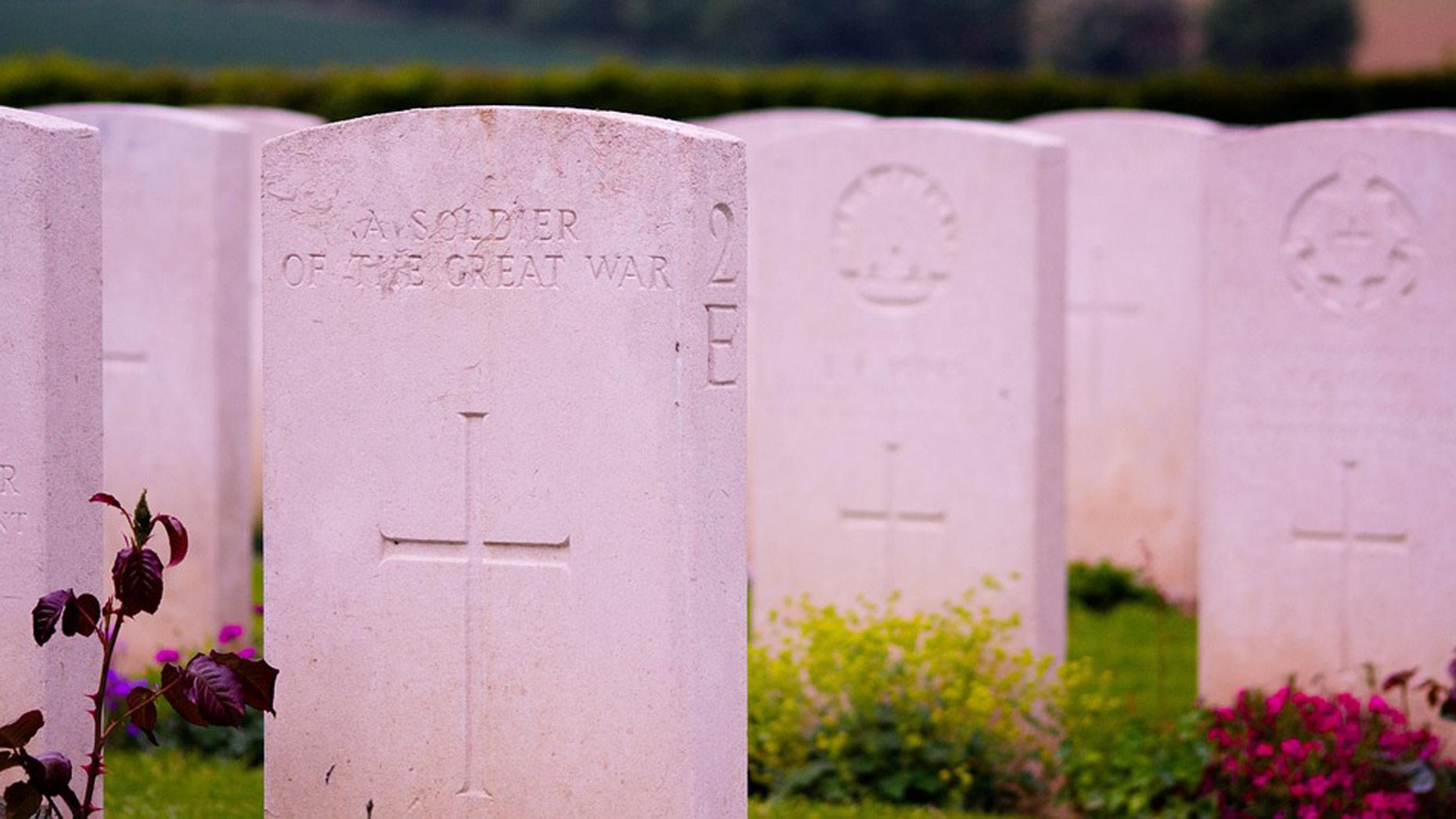 gravestones_stock